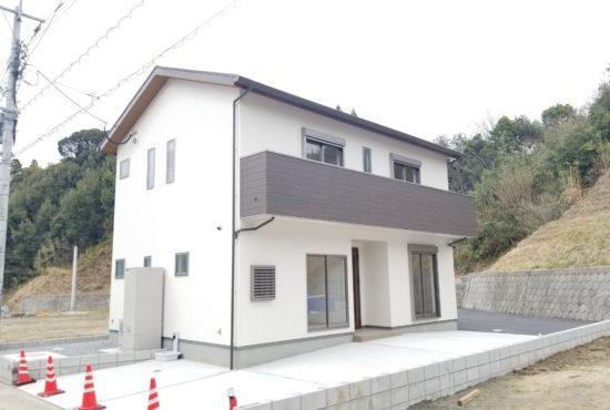 清武町運動公園前の新築住宅!広々としたリビングはオススメです!